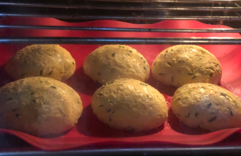 No carb bread rolls in oven