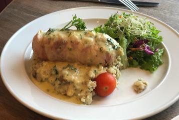 065 B's Chicken Dinner